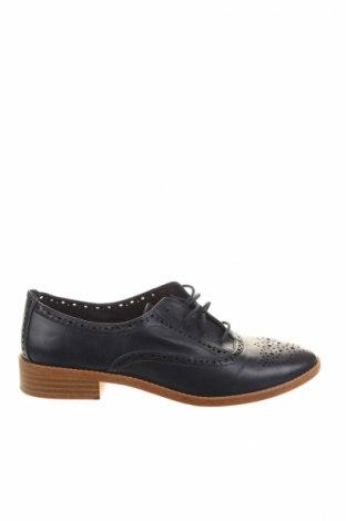 Női cipők Stradivarius