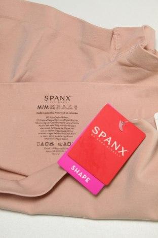 Bielizna wyszczuplająca Spanx by Sara Blakely