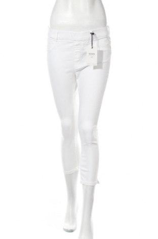 Дамски дънки Dorothy Perkins, Размер L, Цвят Бял, 68% памук, 30% полиестер, 2% еластан, Цена 38,35лв.