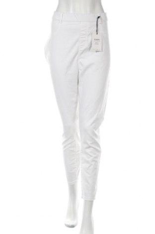 Дамски дънки Dorothy Perkins, Размер XXL, Цвят Бял, 68% памук, 30% полиестер, 2% еластан, Цена 46,92лв.