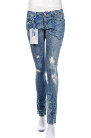 Дамски дънки G-Star Raw, Размер S, Цвят Син, 98% памук, 2% еластан, Цена 120,45лв.