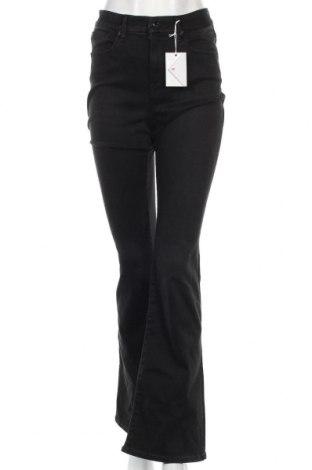 Дамски дънки Good American, Размер S, Цвят Черен, 66% памук, 21% полиестер, 11% вискоза, 2% еластан, Цена 95,76лв.