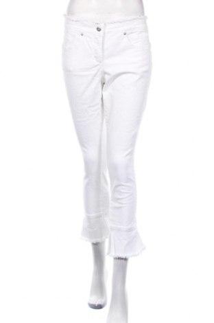 Дамски дънки Marc Aurel, Размер M, Цвят Бял, 98% памук, 2% еластан, Цена 80,62лв.