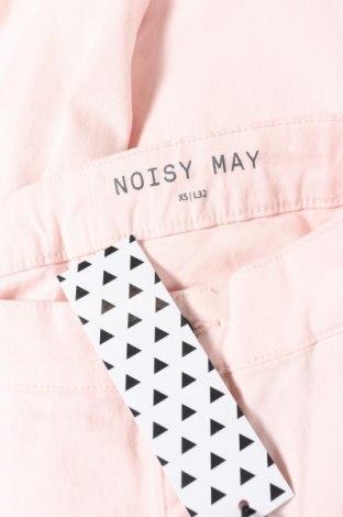 Дамски дънки Noisy May, Размер XS, Цвят Розов, 70% памук, 28% полиестер, 2% еластан, Цена 46,92лв.