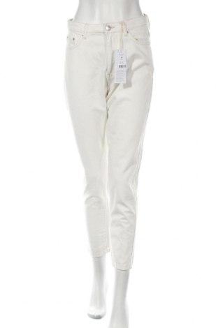 Дамски дънки Perfect Jeans By Gina Tricot, Размер S, Цвят Бял, 100% памук, Цена 29,25лв.