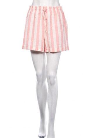 Дамски къс панталон Billabong, Размер S, Цвят Бял, 45% вискоза, 40% памук, 15% лен, Цена 27,60лв.