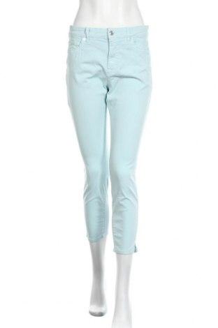 Дамски панталон Marc Cain, Размер L, Цвят Син, 98% памук, 2% еластан, Цена 72,27лв.