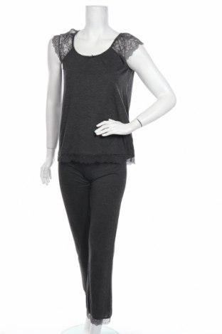 Пижама Women'secret, Размер S, Цвят Сив, 70% полиестер, 30% вискоза, Цена 40,50лв.