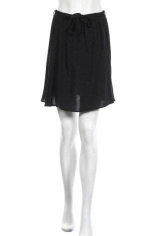 Пола Vero Moda, Размер M, Цвят Черен, Вискоза, Цена 42,00лв.
