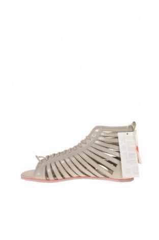 Σανδάλια Adidas Originals, Μέγεθος 40, Χρώμα Γκρί, Γνήσιο δέρμα, Τιμή 32,51€