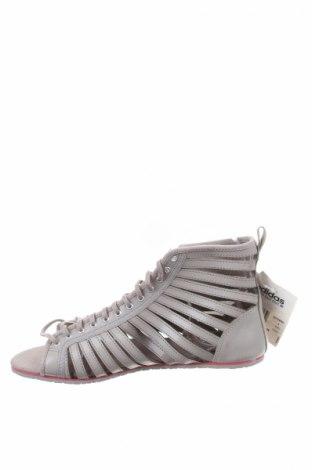 Σανδάλια Adidas Originals, Μέγεθος 39, Χρώμα Γκρί, Γνήσιο δέρμα, Τιμή 32,51€