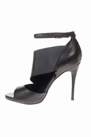 Σανδάλια Guess, Μέγεθος 39, Χρώμα Μαύρο, Γνήσιο δέρμα, κλωστοϋφαντουργικά προϊόντα, Τιμή 78,95€