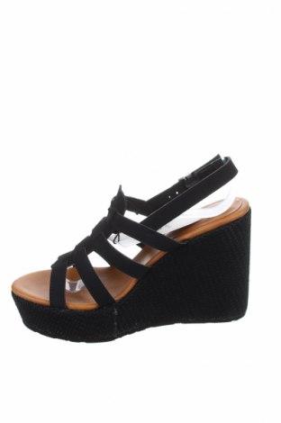 Σανδάλια Volcom, Μέγεθος 37, Χρώμα Μαύρο, Κλωστοϋφαντουργικά προϊόντα, Τιμή 33,74€