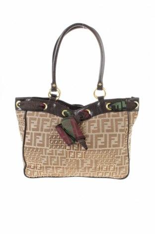 5db6102a65 Dámska kabelka Fendi - za výhodnú cenu na Remix -  4824557