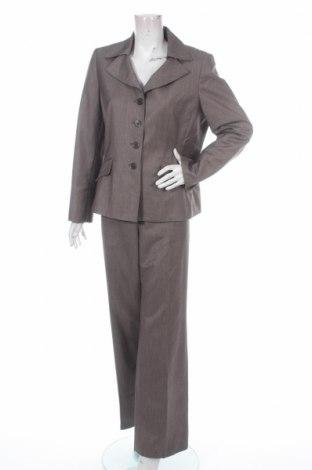 Damska garsonka Le Suit
