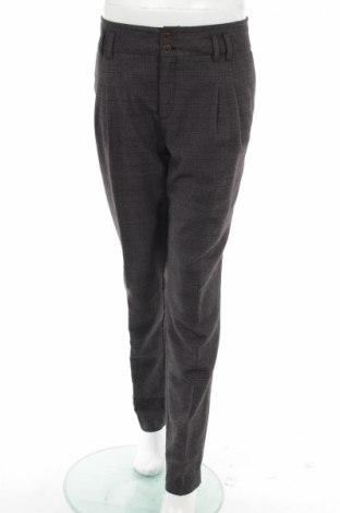 Pantaloni de femei Esprit