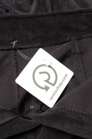 Φούστα, Μέγεθος S, Χρώμα Μαύρο, 95% βαμβάκι, 5% ελαστάνη, Τιμή 6,65€