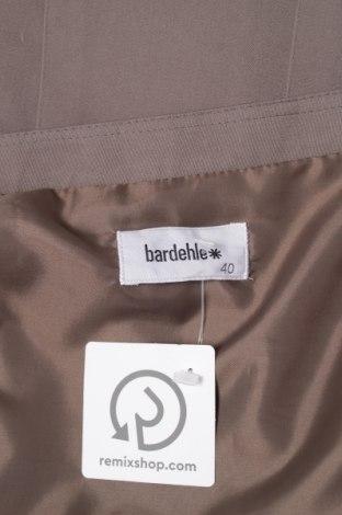 Пола Bardehle, Размер M, Цвят Зелен, Цена 7,20лв.