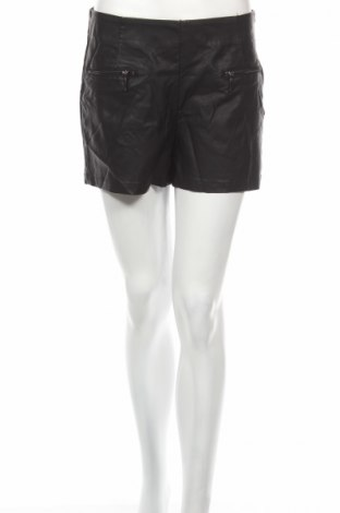 Дамски къс кожен панталон Page One