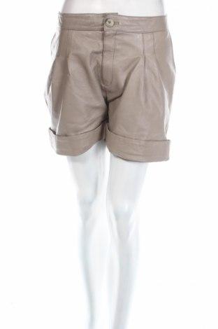 Dámske krátke kožené nohavice  Selected Femme