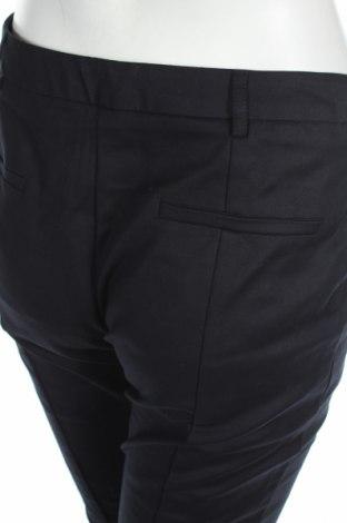 Pantaloni de femei Oasis