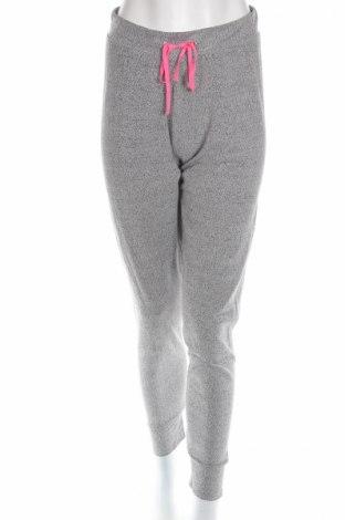 Damskie spodnie sportowe Pieces