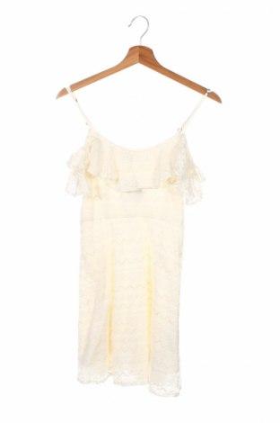 Детска рокля Abercrombie Kids, Размер 13-14y/ 164-168 см, Цвят Екрю, 61% памук, 21% полиамид, 18% вискоза, Цена 10,50лв.