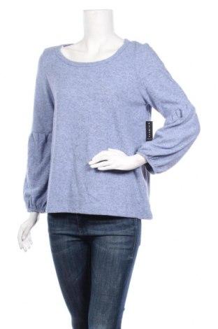 Γυναικεία μπλούζα Famous, Μέγεθος M, Χρώμα Μπλέ, Τιμή 10,91€