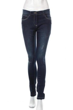 Дамски дънки, Размер S, Цвят Син, 83% памук, 16% полиестер, 1% еластан, Цена 26,00лв.