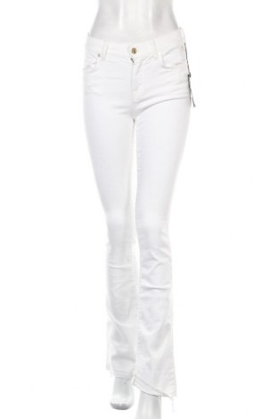 Дамски дънки 7 For All Mankind, Размер S, Цвят Бял, 94% памук, 6% еластан, Цена 70,68лв.