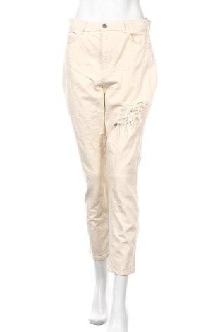 Дамски дънки Boohoo, Размер M, Цвят Екрю, Памук, Цена 29,58лв.