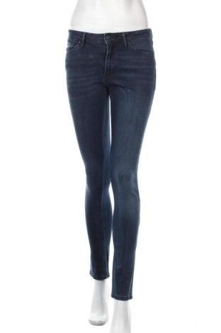 Дамски дънки Cross Jeans, Размер S, Цвят Син, 99% памук, 1% еластан, Цена 45,56лв.