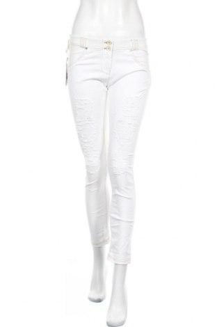 Дамски дънки Freddy, Размер M, Цвят Бял, 80% памук, 20% еластан, Цена 114,75лв.