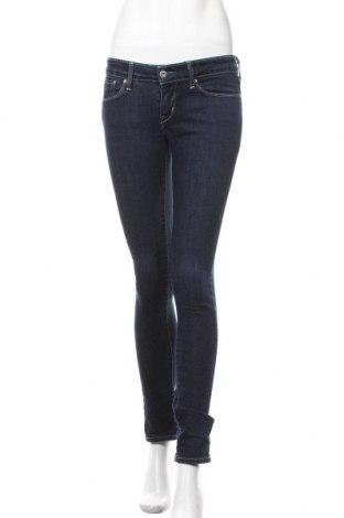 Дамски дънки Levi's, Размер S, Цвят Син, 91% памук, 8% полиестер, 1% еластан, Цена 32,76лв.