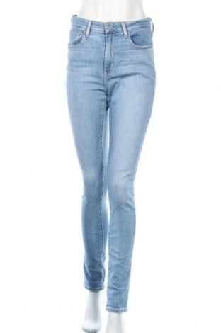 Дамски дънки Levi's, Размер M, Цвят Син, 97% памук, 3% еластан, Цена 84,00лв.