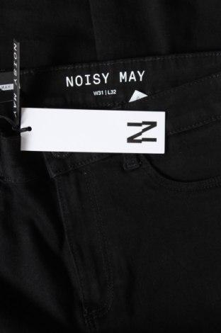 Дамски дънки Noisy May, Размер M, Цвят Черен, 75% памук, 18% полиестер, 2% еластан, 5% вискоза, Цена 35,10лв.
