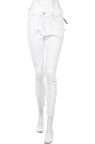 Дамски дънки ONLY, Размер L, Цвят Бял, 98% памук, 2% еластан, Цена 42,84лв.