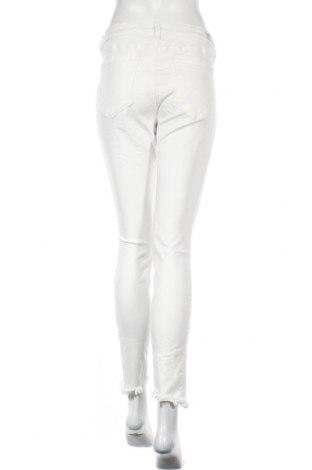 Дамски дънки Tom Tailor, Размер L, Цвят Бял, 99% памук, 1% еластан, Цена 47,88лв.