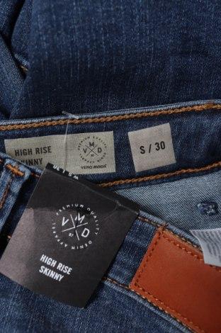 Дамски дънки Vero Moda, Размер S, Цвят Син, 85% памук, 13% полиестер, 2% еластан, Цена 38,35лв.