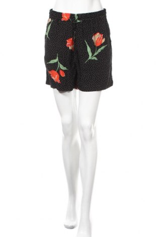 Γυναικείο κοντό παντελόνι B.Young, Μέγεθος S, Χρώμα Μαύρο, Βισκόζη, Τιμή 9,74€