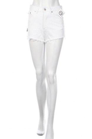 Дамски къс панталон Dr. Denim, Размер XS, Цвят Бял, Памук, Цена 28,56лв.
