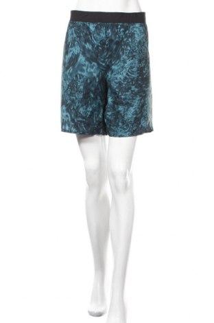Дамски къс панталон Peak Performance, Размер L, Цвят Син, Полиестер, Цена 47,88лв.