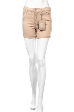 Γυναικείο κοντό παντελόνι Vero Moda, Μέγεθος M, Χρώμα  Μπέζ, 97% βαμβάκι, 3% ελαστάνη, Τιμή 11,91€