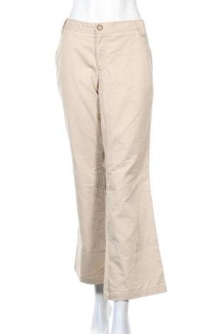 Дамски панталон Dockers, Размер M, Цвят Бежов, Памук, Цена 9,83лв.