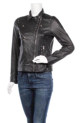 Γυναικείο δερμάτινο μπουφάν Just Female, Μέγεθος S, Χρώμα Μαύρο, Γνήσιο δέρμα, Τιμή 94,29€