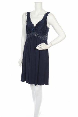 Пижама Hunkemoller, Размер L, Цвят Син, 95% вискоза, 5% еластан, Цена 45,50лв.