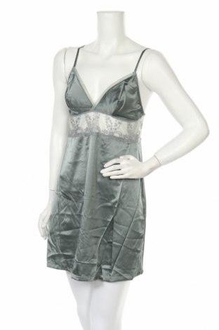 Пижама Wacoal, Размер M, Цвят Зелен, 80% коприна, 9% еластан, 6% полиамид, 5% полиестер, Цена 54,60лв.