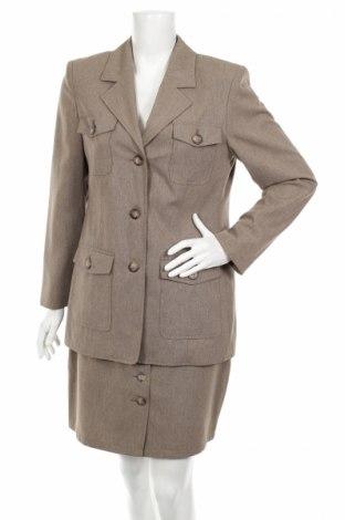 Дамски костюм Toffs, Размер M, Цвят Сив, 50% полиестер, 50% вискоза, Цена 11,50лв.