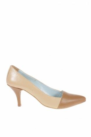 Дамски обувки BB UP