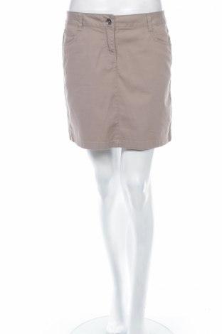 Пола Yessica, Размер M, Цвят Бежов, 98% памук, 2% еластан, Цена 6,74лв.
